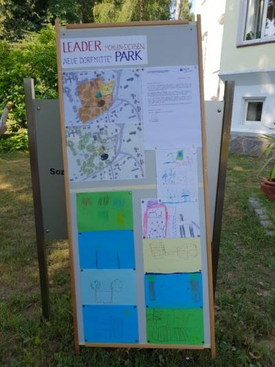 Mühlen-Eichsen - neue Dorfmitte im Park